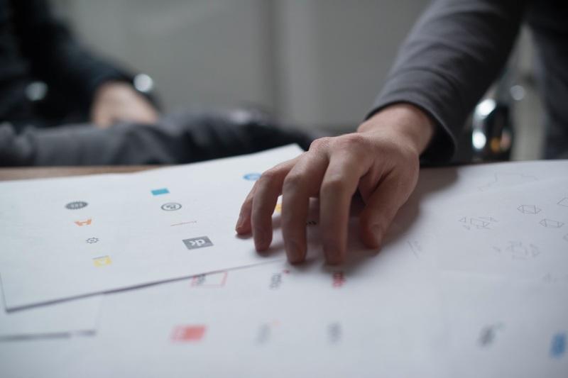 create own logo