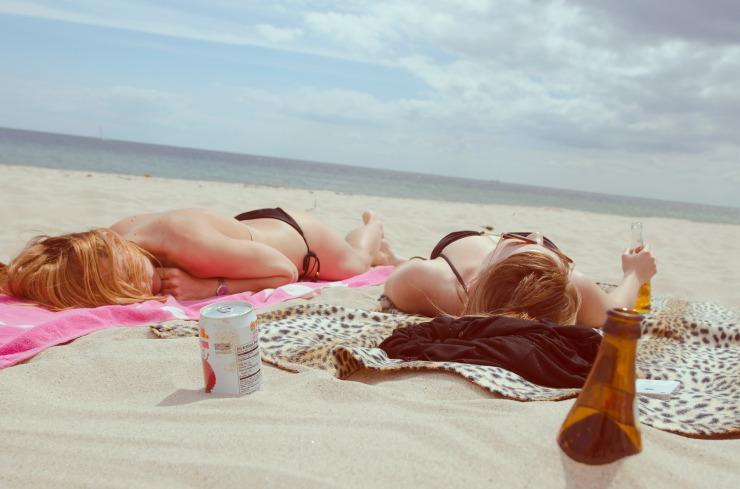 beach-women-summer-holidays-bikini
