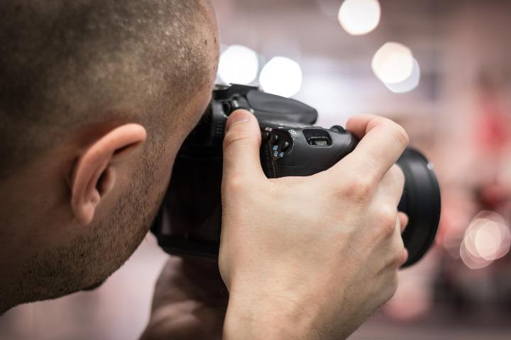 photographer-Paparazzi.jpg